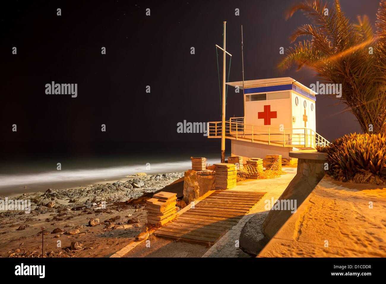 Rettungsschwimmer-Turm am Strand von Maspalomas auf Gran Canaria Stockfoto