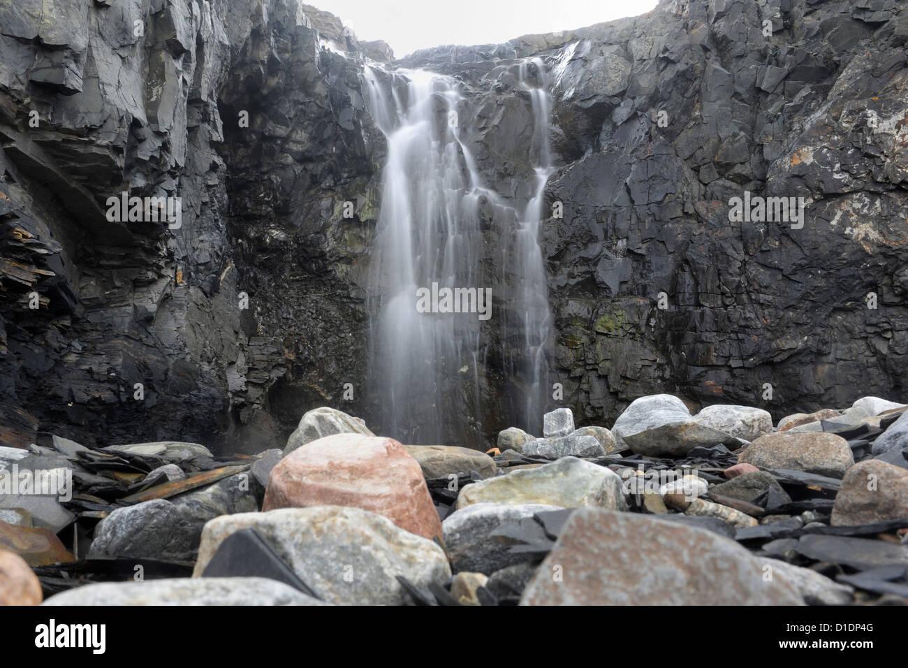 Arktische Wasserfall 14. September 2012 in Dundas, Grönland. Stockbild