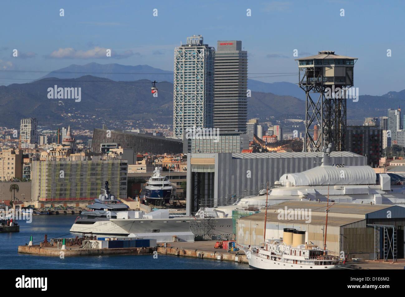 Hafen und Stadt von Barcelona, Katalonien, Spanien, Europa Stockbild
