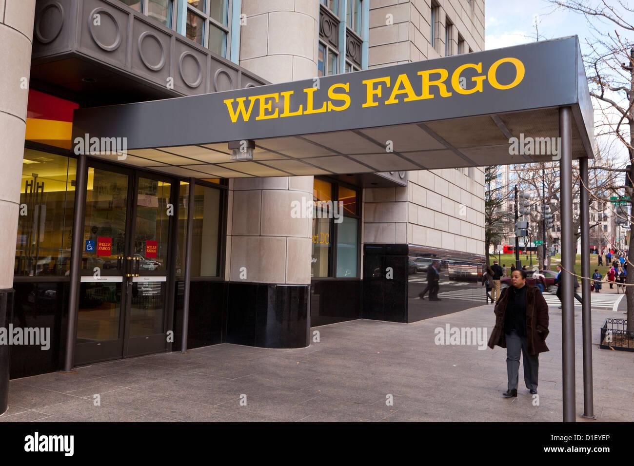 Wells Fargo Zweig Eingang - Washington, DC, USA Stockbild