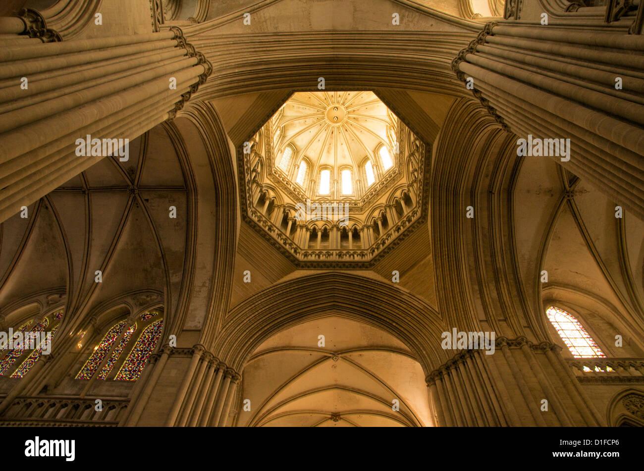 Detail des achteckigen Laterne-Turm, Notre Dame Kathedrale aus dem 14. Jahrhundert, Coutances, Cotentin, Normandie, Stockfoto