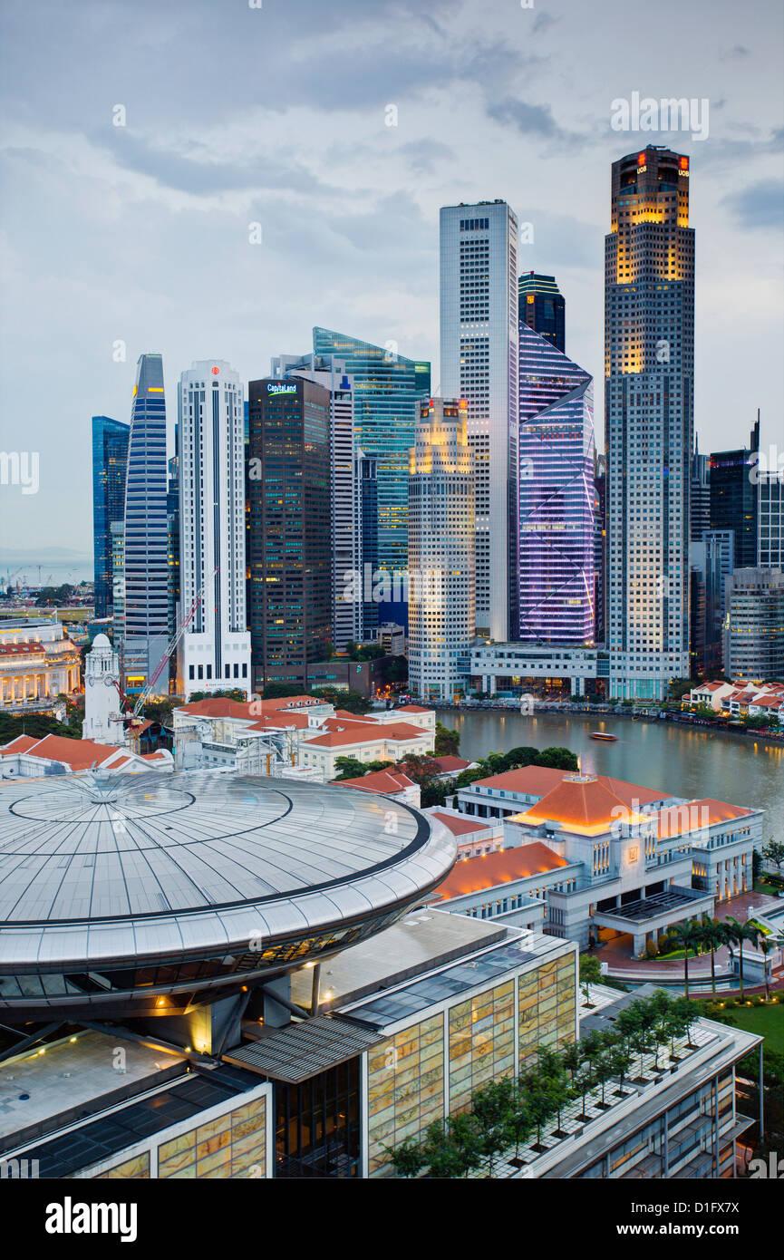 Skyline und Financial District in der Morgendämmerung, Singapur, Südostasien, Asien Stockfoto