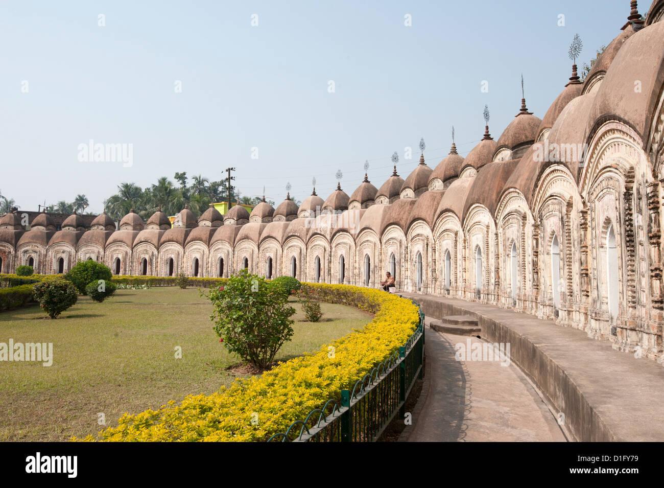 Außenring des Shiva-Tempel gebaut in zwei konzentrischen Kreisen von Maharaja Teja Chandra Bahadur in 1809, Stockbild