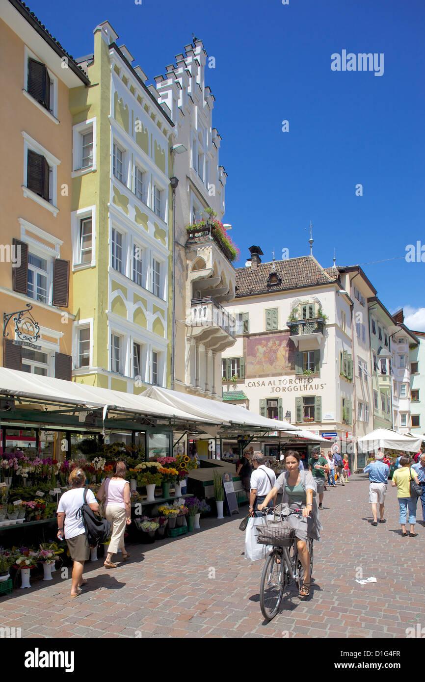 Marktstand, Piazza Erbe Markt, Bozen, Provinz Bozen, Trentino-Alto Adige, Italien, Europa Stockbild