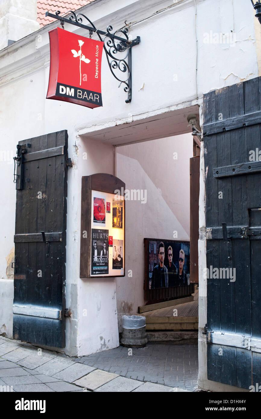 Eintritt in die Depeche Mode-Bar in Tallinn, der Hauptstadt von Estland. Stockbild