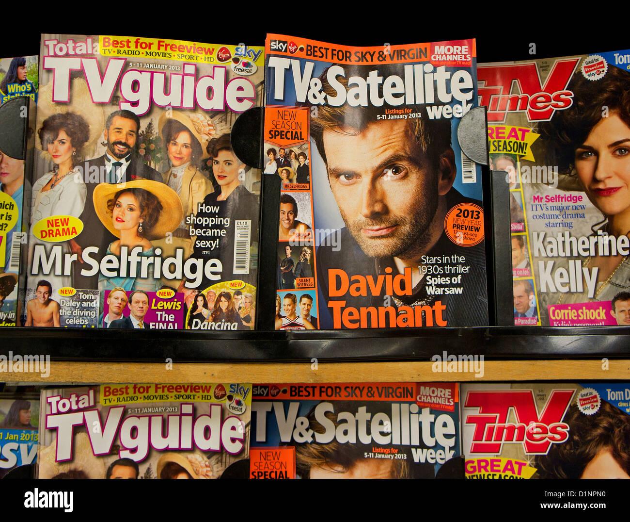 Fernsehzeitschriften in einem Kiosk-shop Stockfoto
