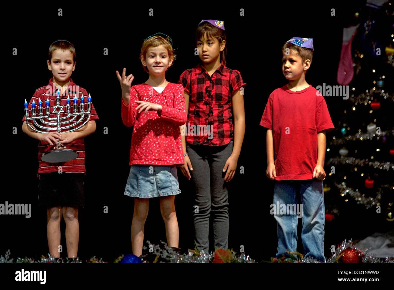 jewish school children stockfotos jewish school children. Black Bedroom Furniture Sets. Home Design Ideas