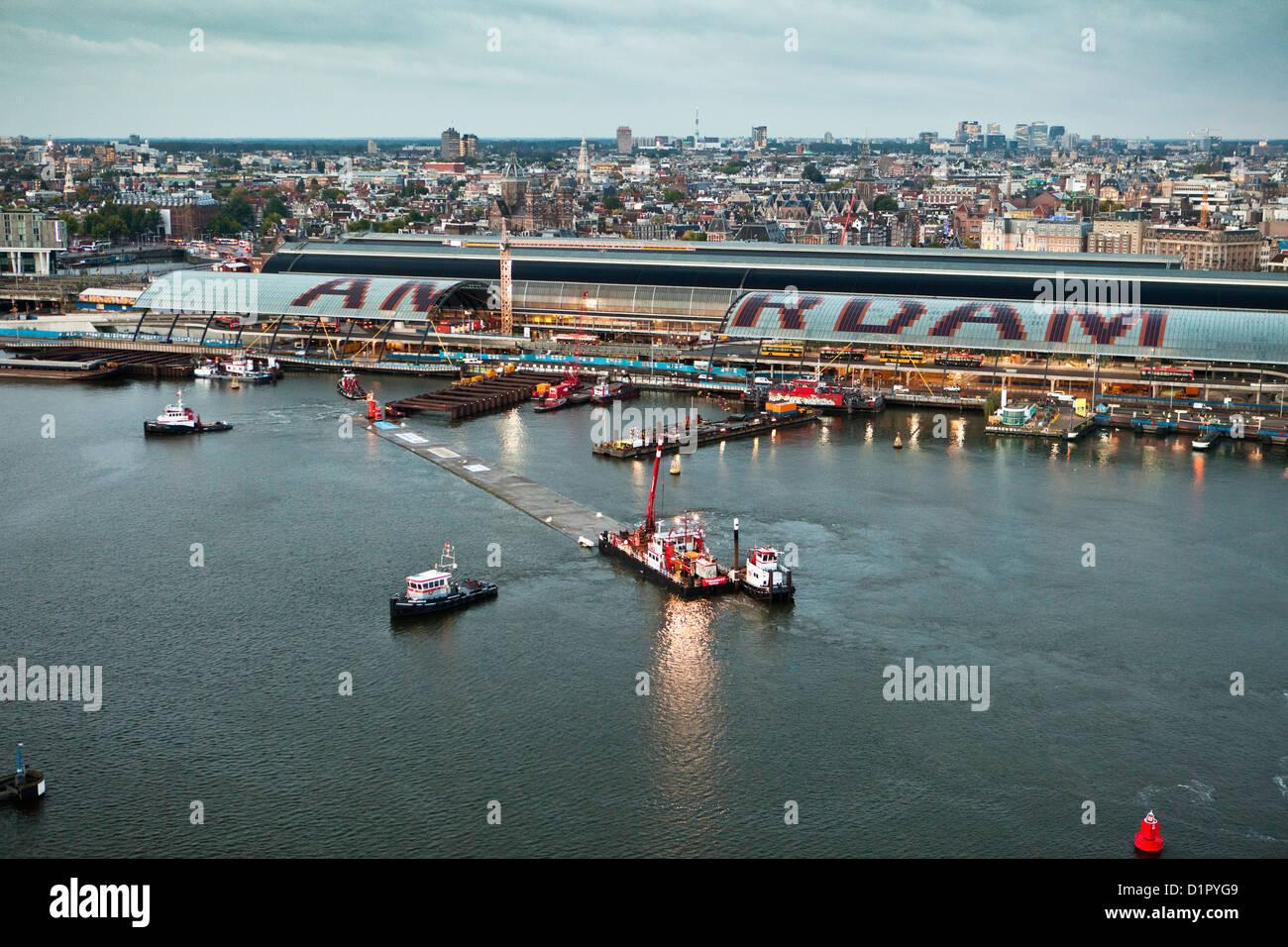 Die Niederlande, Amsterdam, Luftbild auf Transport und Vermittlung von Teil des Tunnels für die u-Bahn oder Stockbild