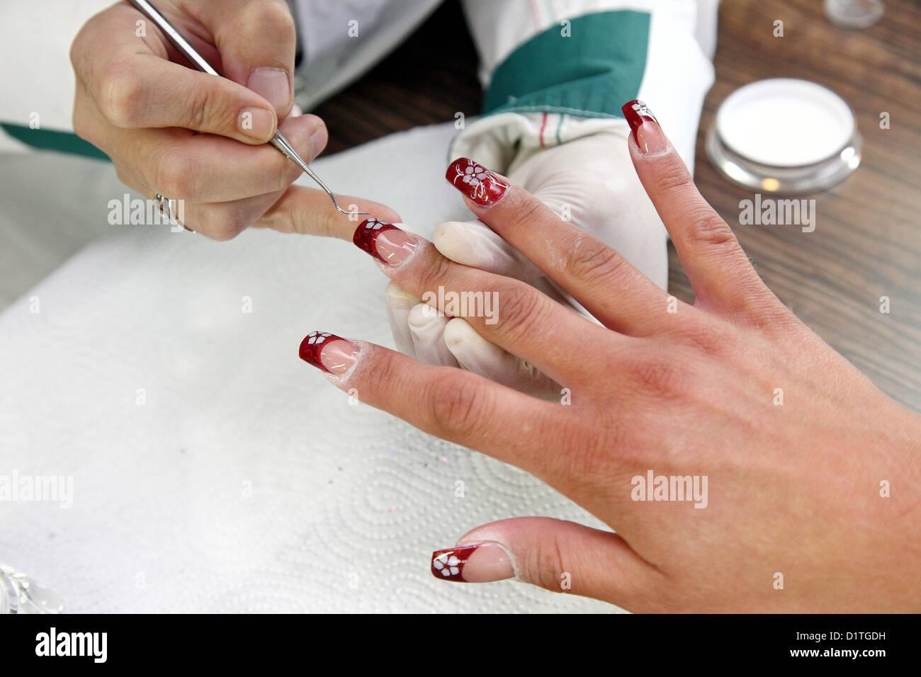 Glitter Nails Stockfotos & Glitter Nails Bilder - Alamy