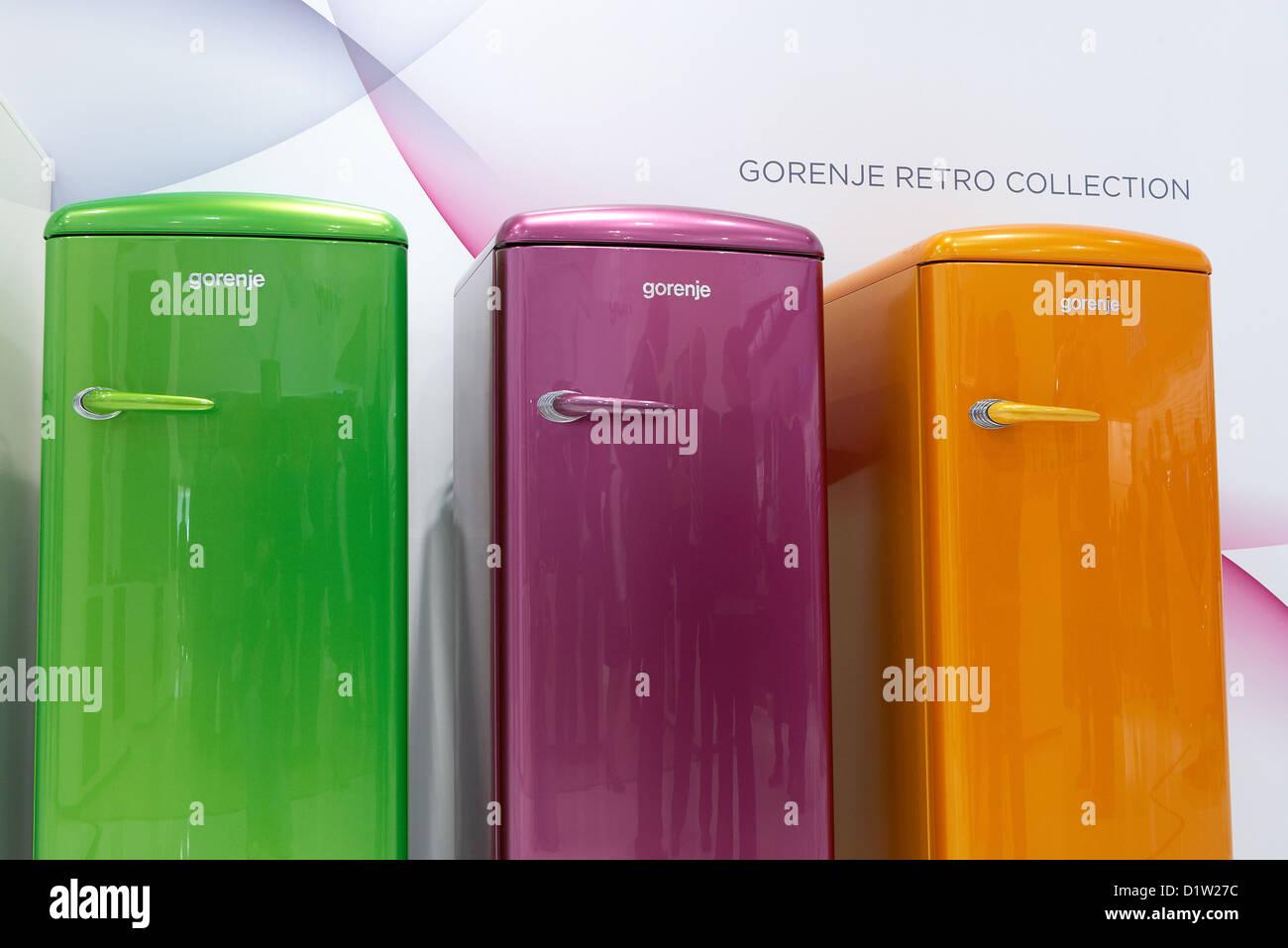 Gorenje Kühlschrank Berlin : Berlin deutschland gorenje zeigt moderne kühlschränke im retro