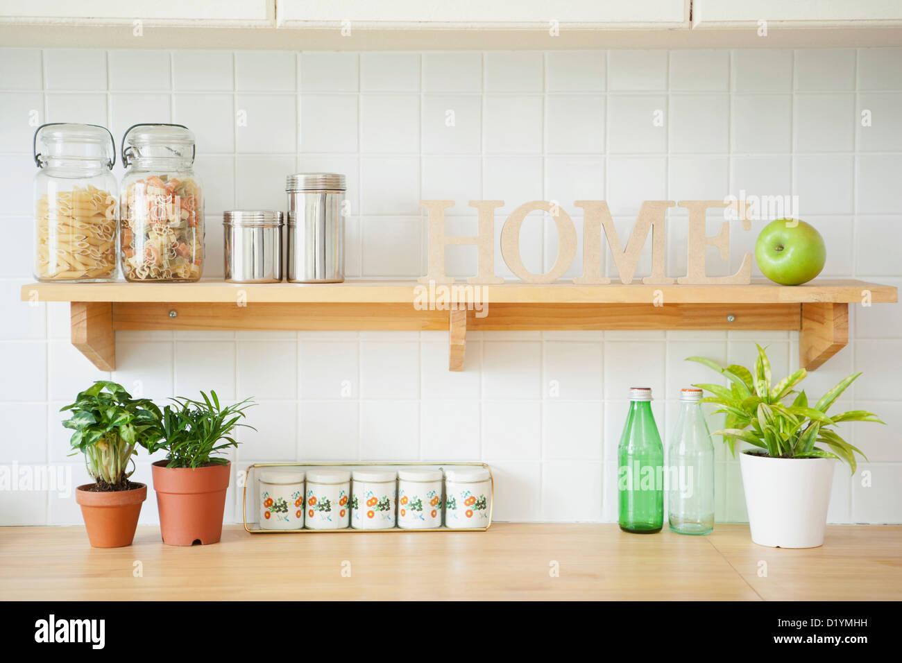 pasta rack stockfotos pasta rack bilder alamy. Black Bedroom Furniture Sets. Home Design Ideas