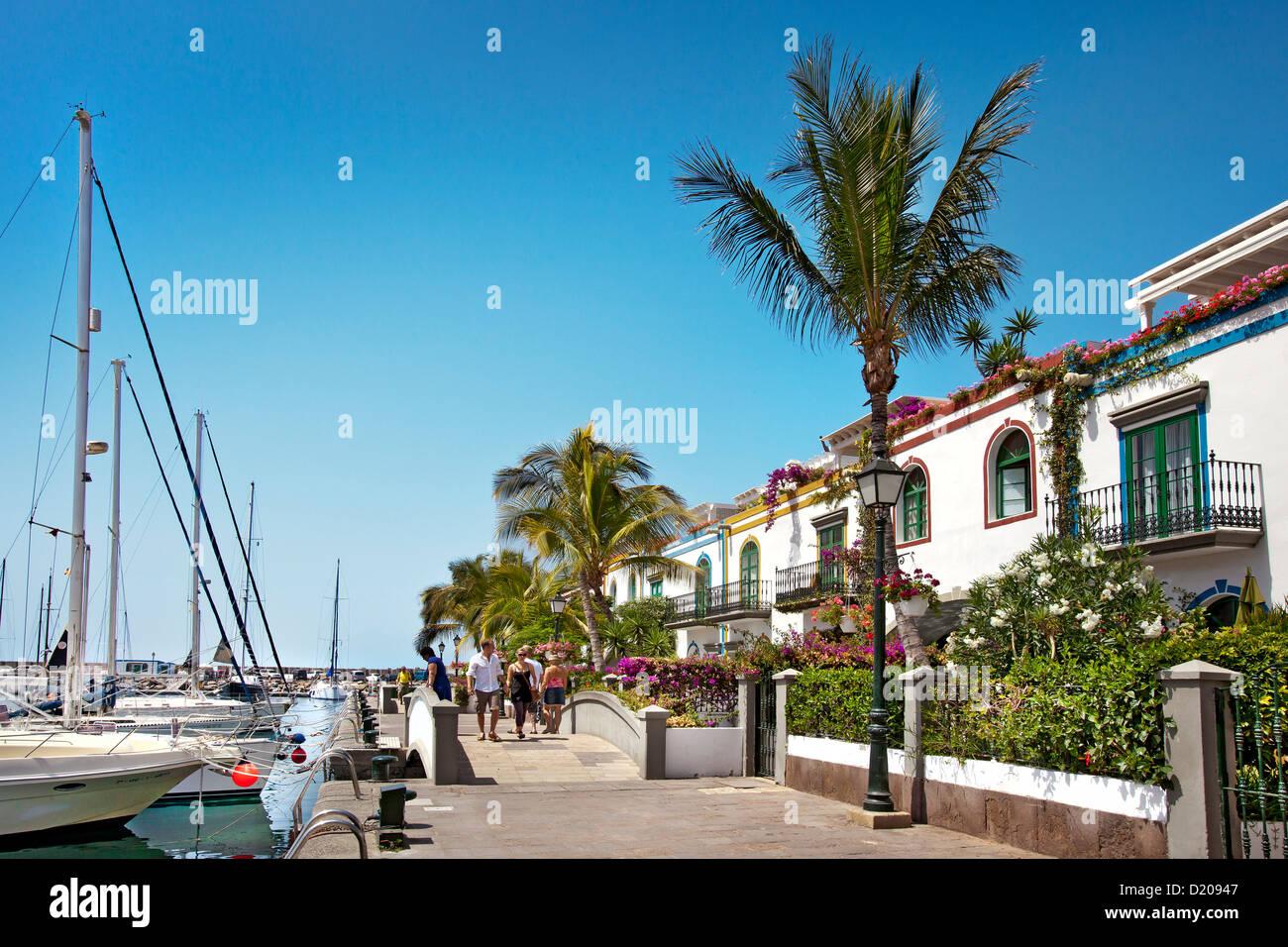 Häuser am Hafen Puerto de Mogan, Gran Canaria, Kanarische Inseln, Spanien, Europa Stockbild