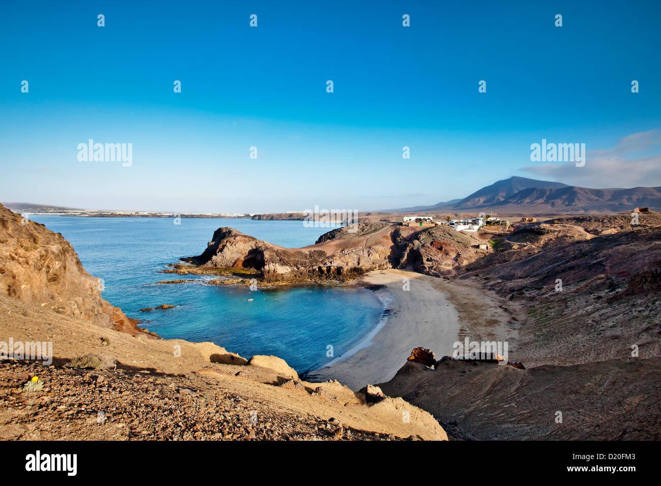 Playa Papagayo in einer Bucht, Lanzarote, Kanarische Inseln, Spanien, Europa Stockbild