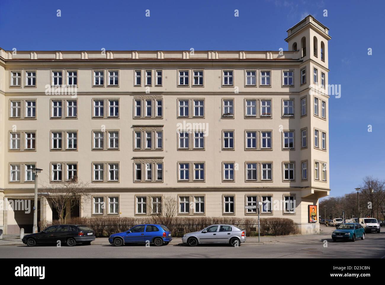 Berlin, Deutschland, 50er Jahre DDR Gehäuse in Zucker Bäcker Stil Stockbild