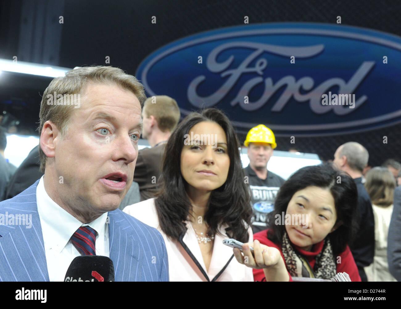 William Clay Jr., Vorsitzender des Aufsichtsrats der Ford Motor Company, beantwortet Fragen der Journalisten am Stockbild