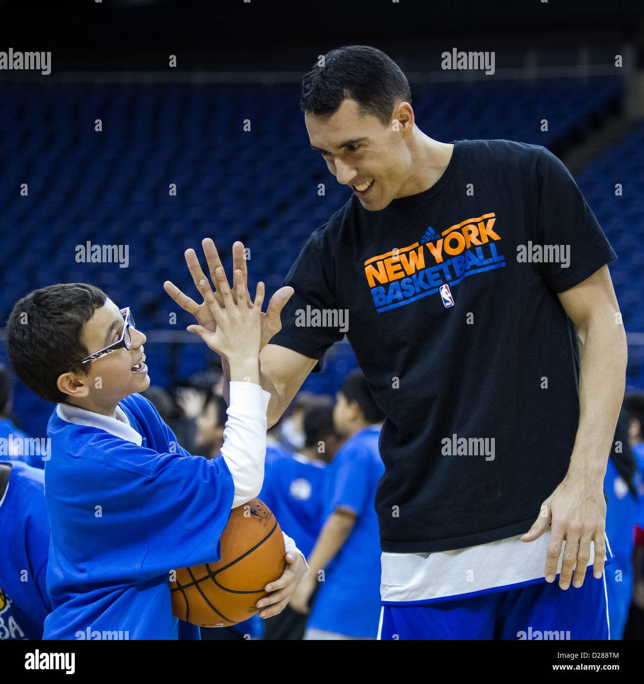 Nba Cares Stockfotos & Nba Cares Bilder - Alamy