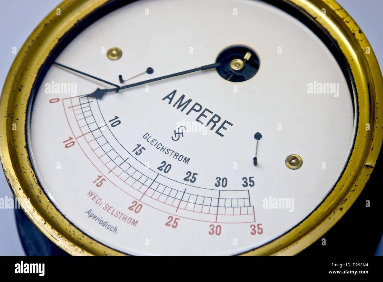 Groß Symbol Für Amperemeter Fotos - Die Besten Elektrischen ...