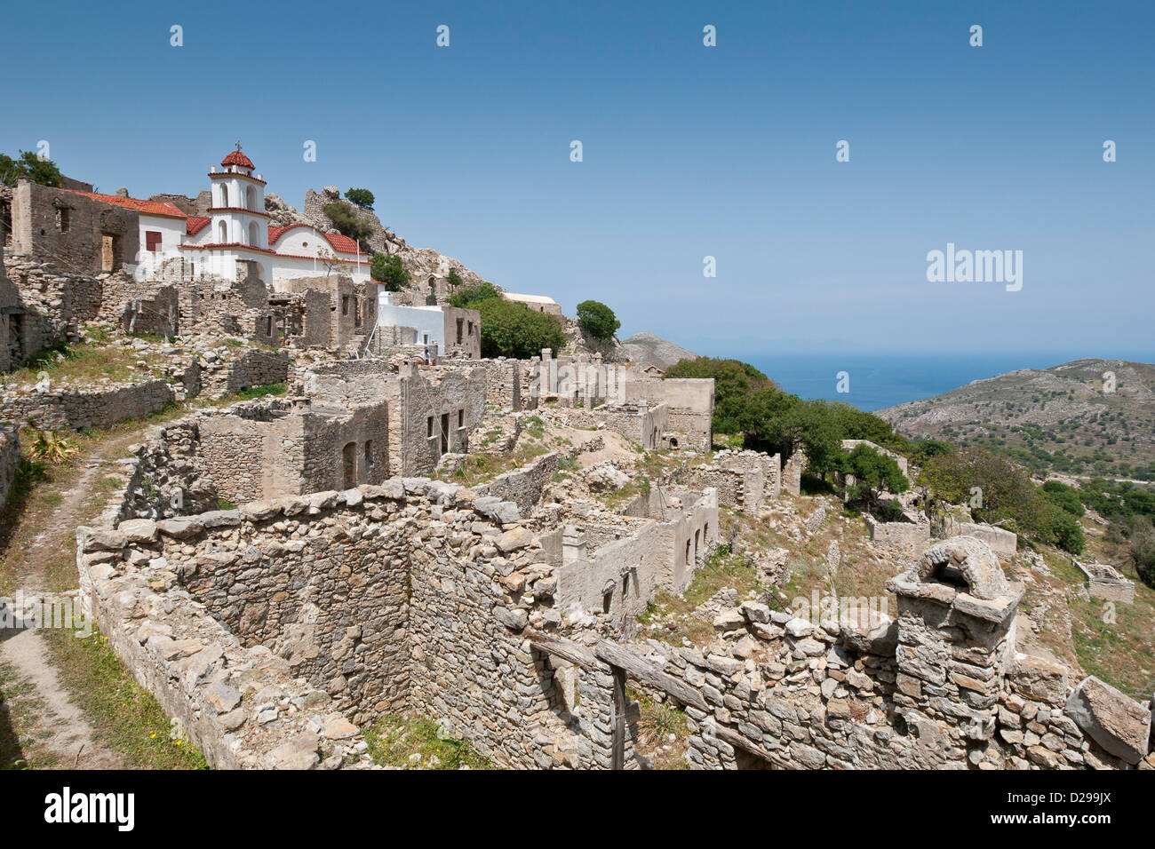 Tilos. Griechenland. Das verlassene Dorf Mikro Chorio (Mikro Horio) Stockbild