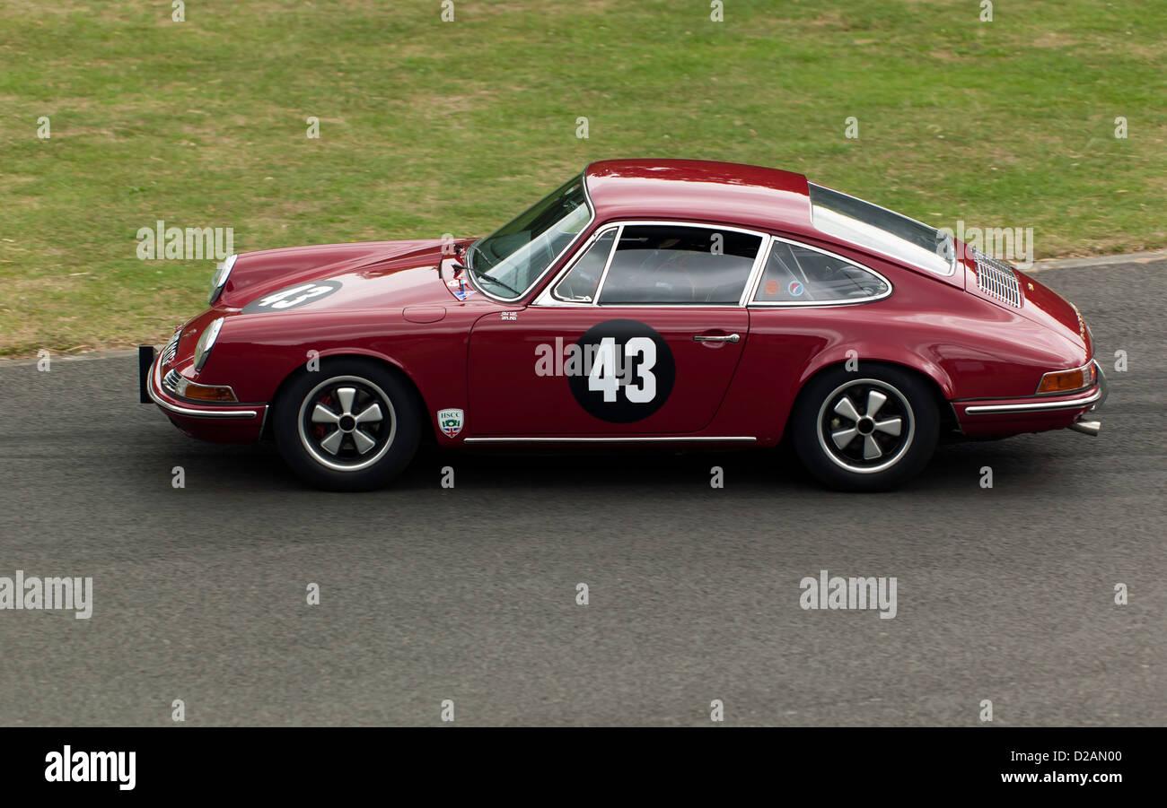 Rob Russell 1966 Porsche 911 im Sprintwettbewerb bei Motorsport im Palazzo 2011 fahren Stockbild