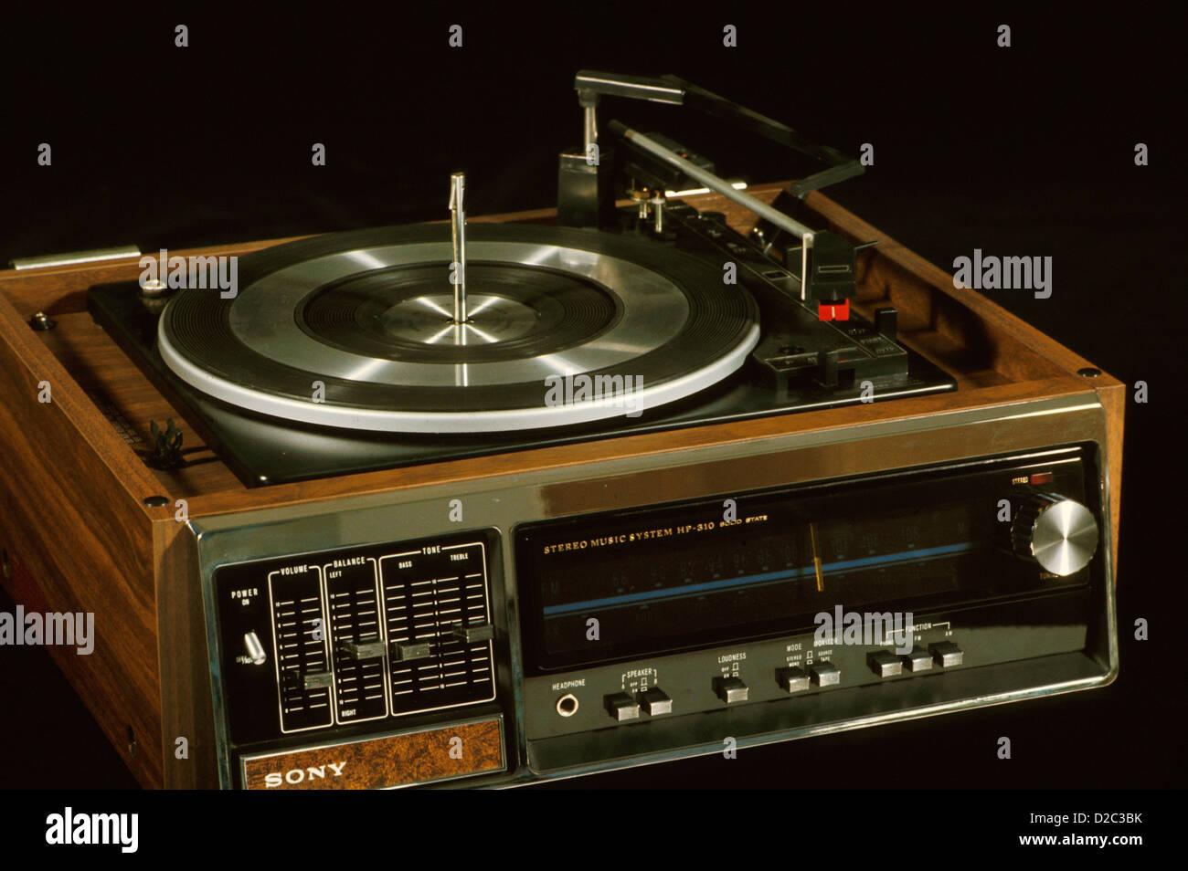 Sony Receiver und Plattenspieler (1970er Jahre) Stockbild