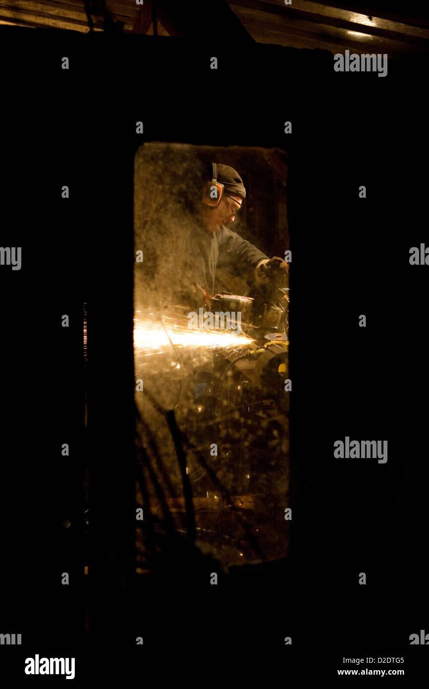 Disc Cutter Stockfotos & Disc Cutter Bilder - Alamy