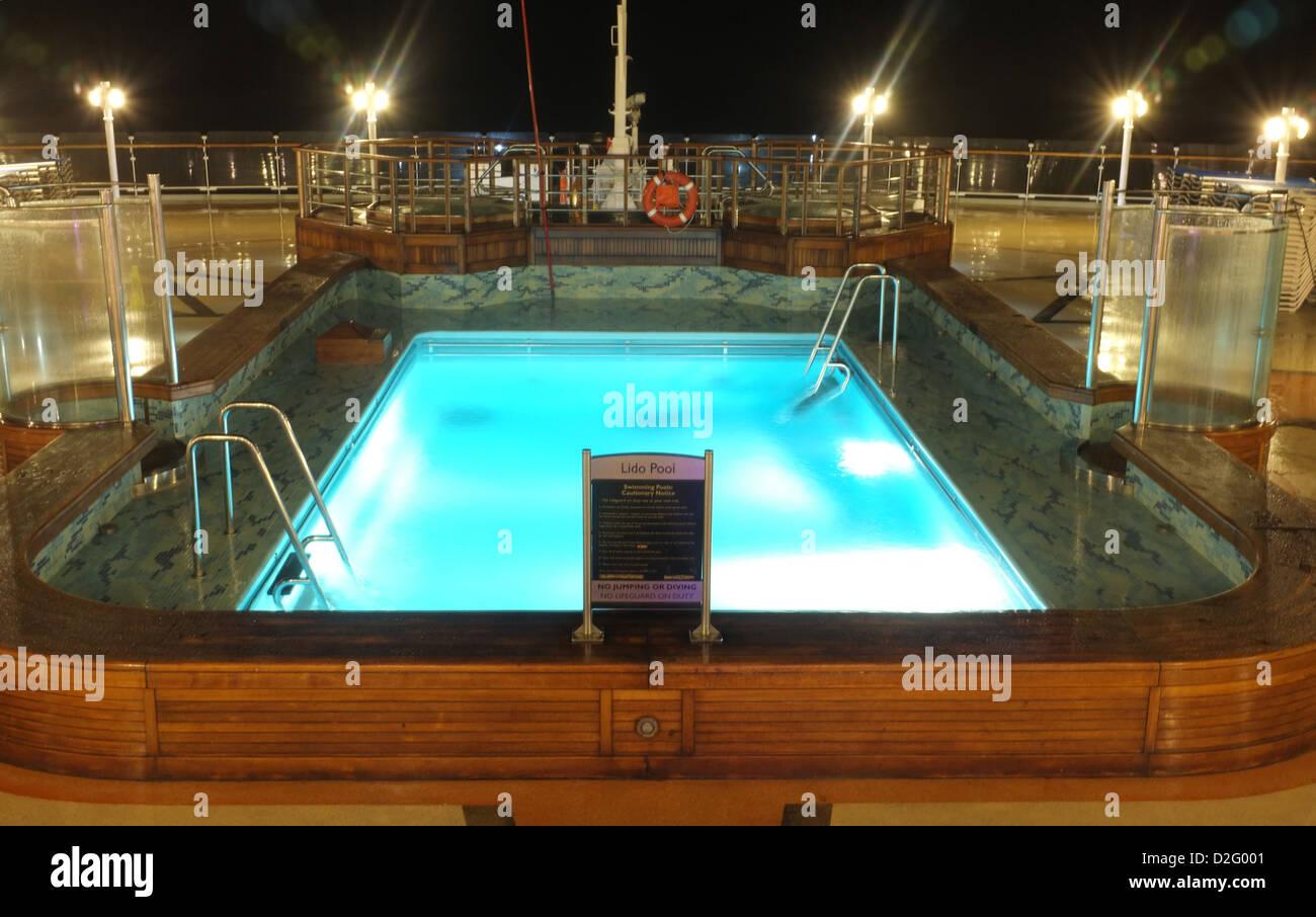 Das Freibad An Bord Der Cunard Liner, Königin Victoria In Den Abend, Wo