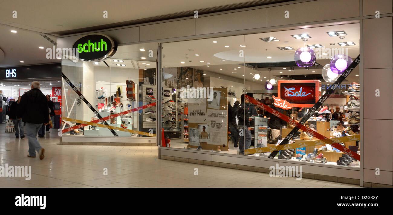 best service 8340d a97e0 Shoe Shop Frontscheibe in der Shopping Mall am Schuh store ...
