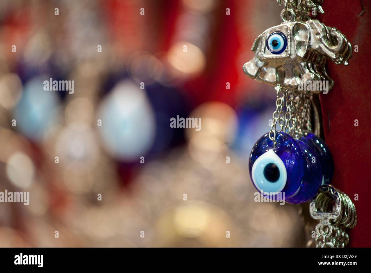 Türkische Glücksbringer bead Amulett, Symbol des Schutzes vor bösen Blick. Basar Kapali Carsi Kapalicarsi, Stockbild