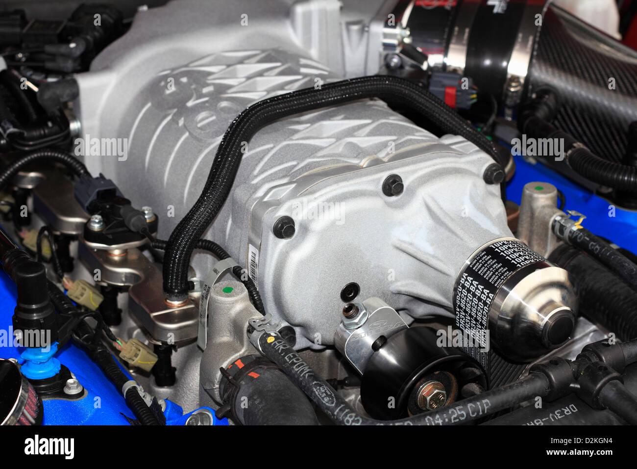 Einem Kompressor auf ein Automotor Stockfoto, Bild: 53290640 - Alamy