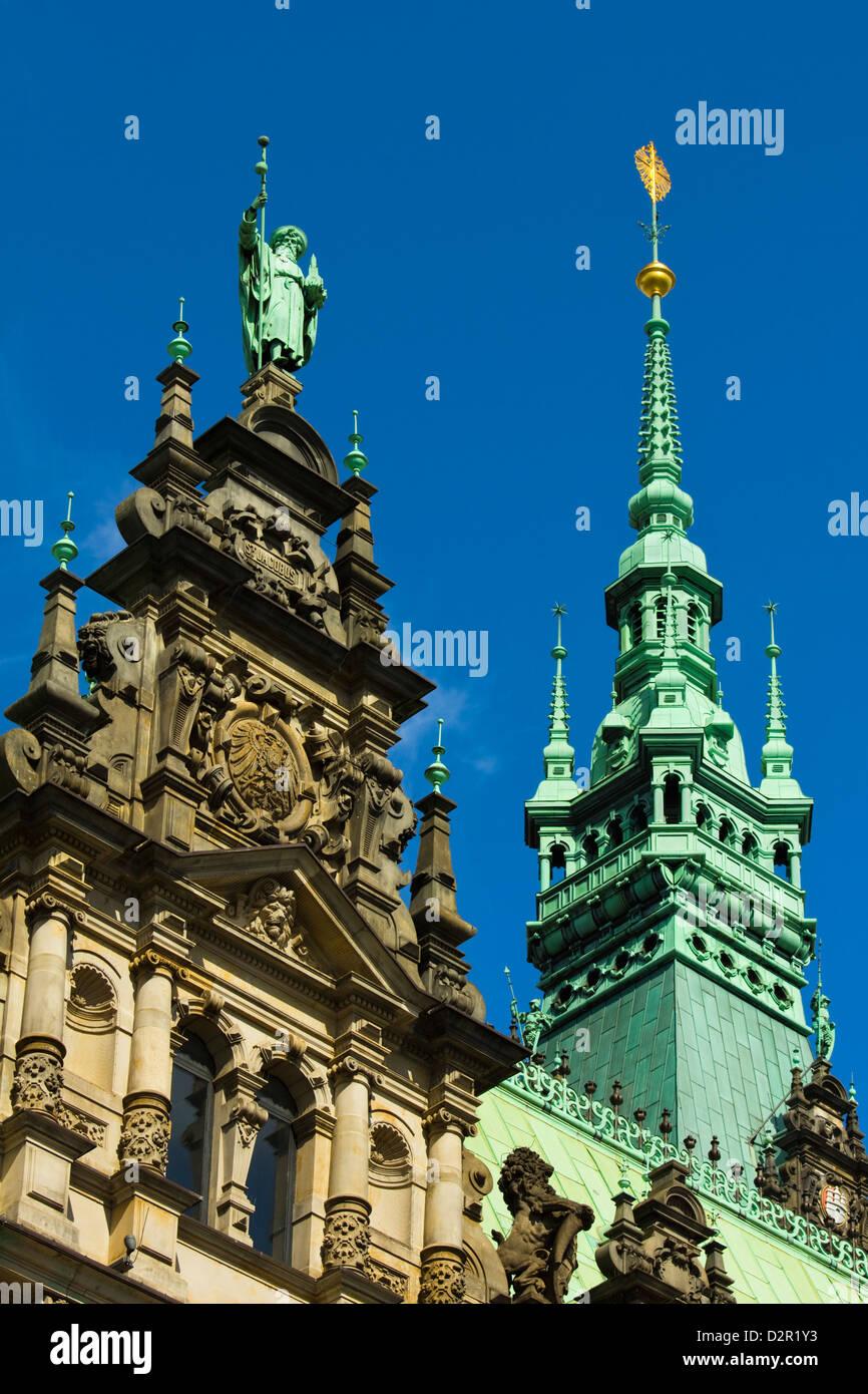 Verzierter Neo-Renaissance-Architektur des Hamburger Rathaus (City Hall), eröffnet 1886, Hamburg, Deutschland, Stockbild