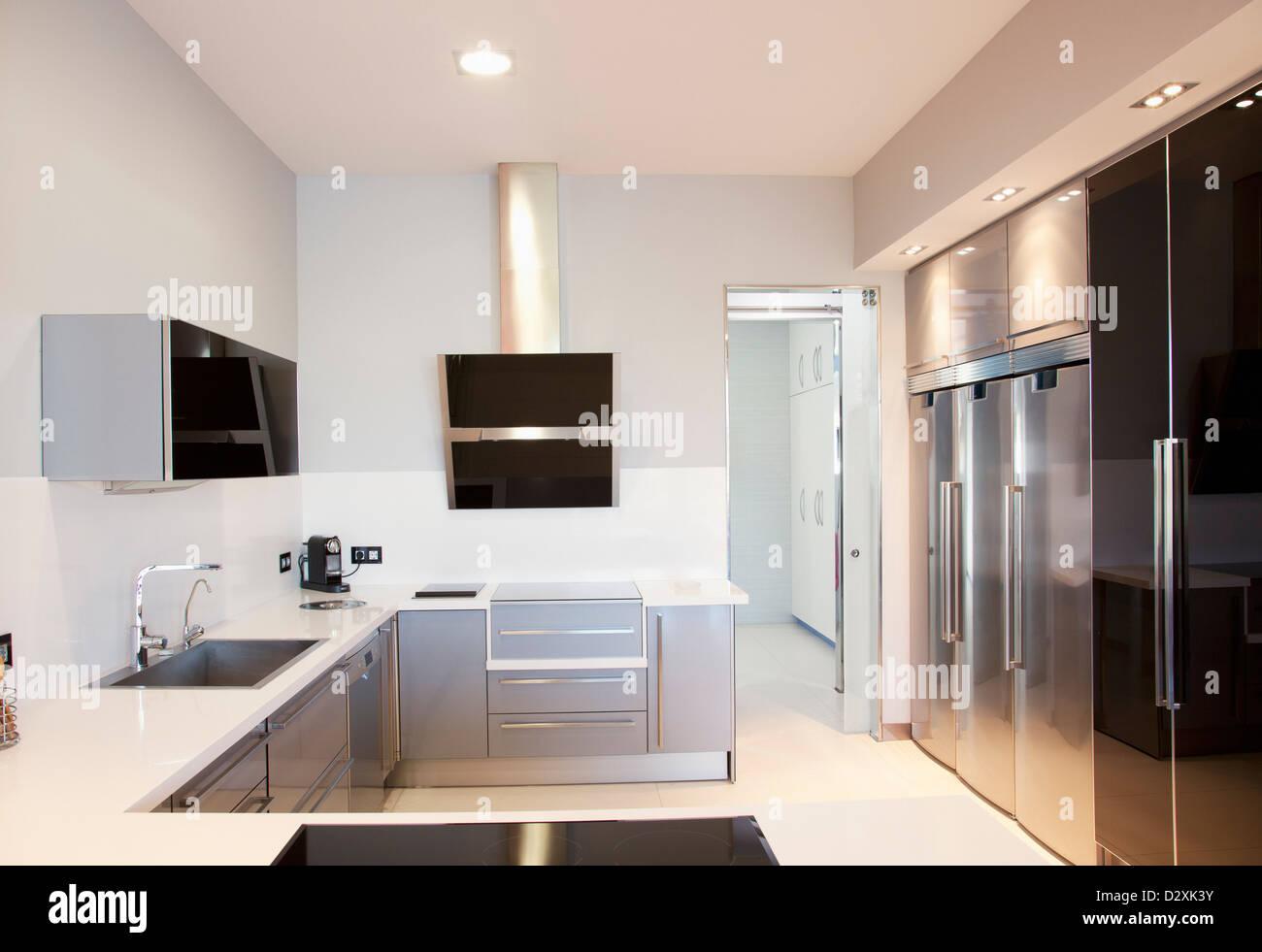 Moderne Luxus Kuche Stockfoto Bild 53446175 Alamy