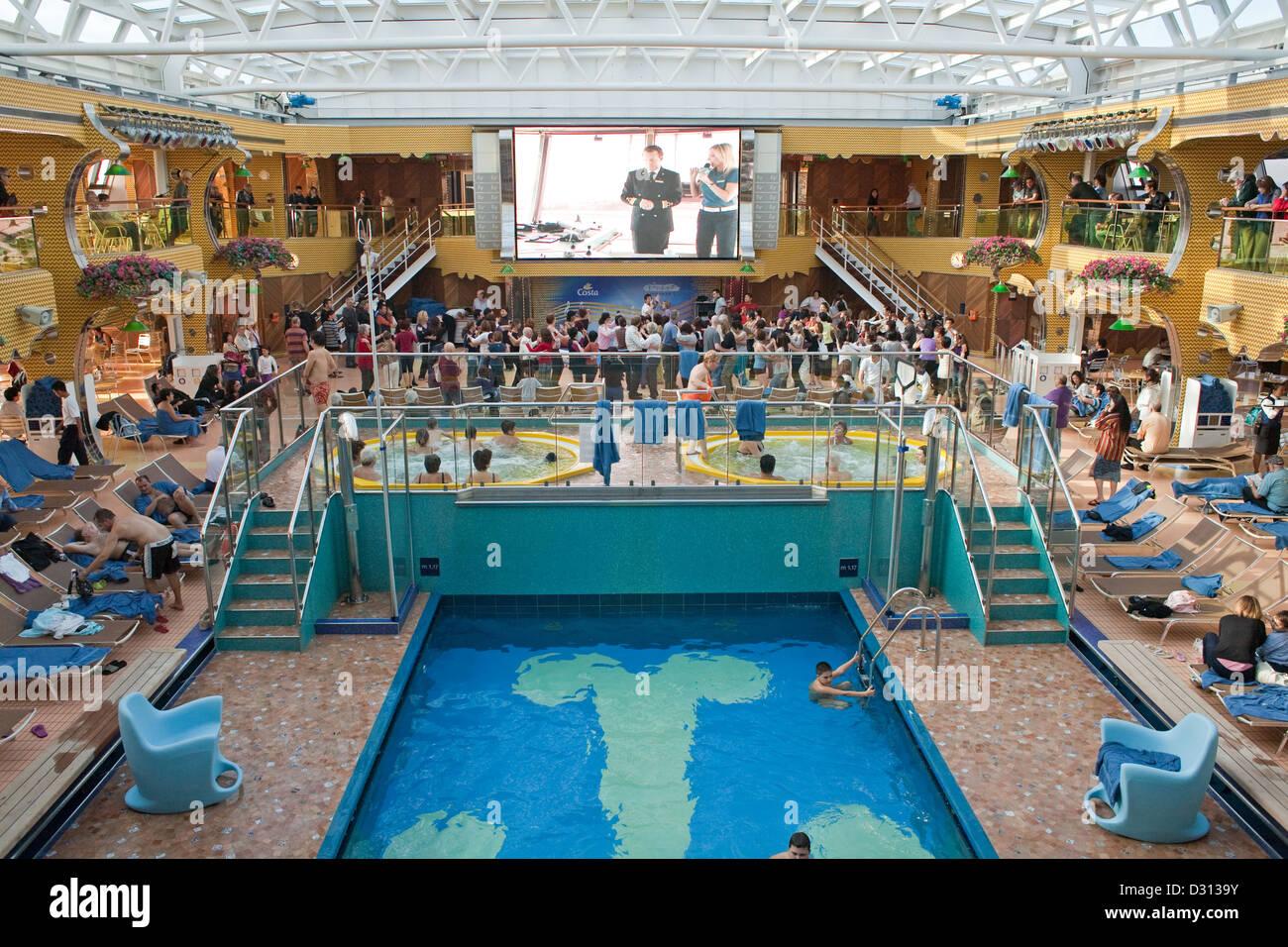 Spanien Azzurro Terrasse Mit Jacuzzi Und Pool Calypso Ms Costa
