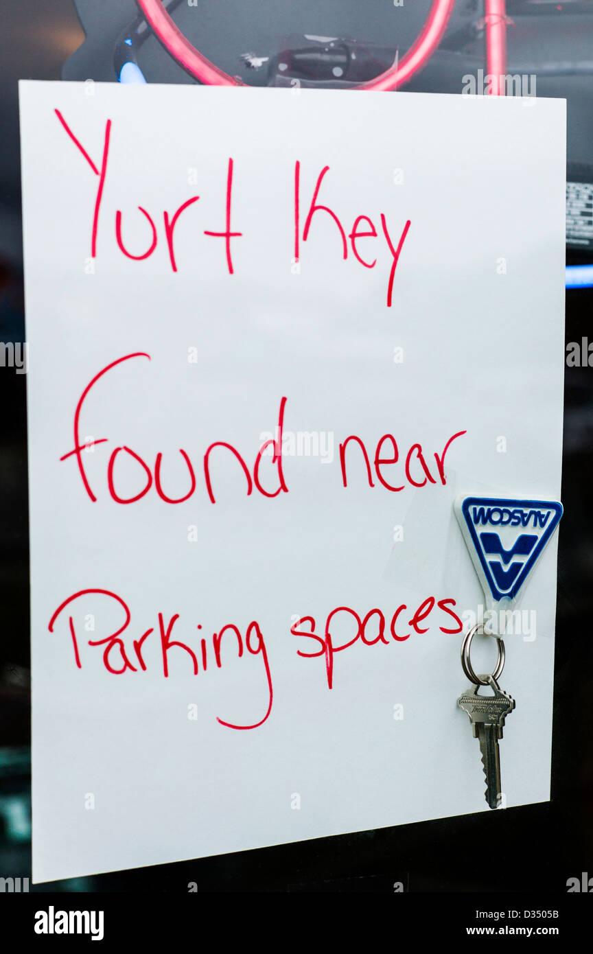 Key-Note zu einem Schaufenster entlang der Homer Spit, Homer, Alaska, USA verschlagwortet verloren Stockbild