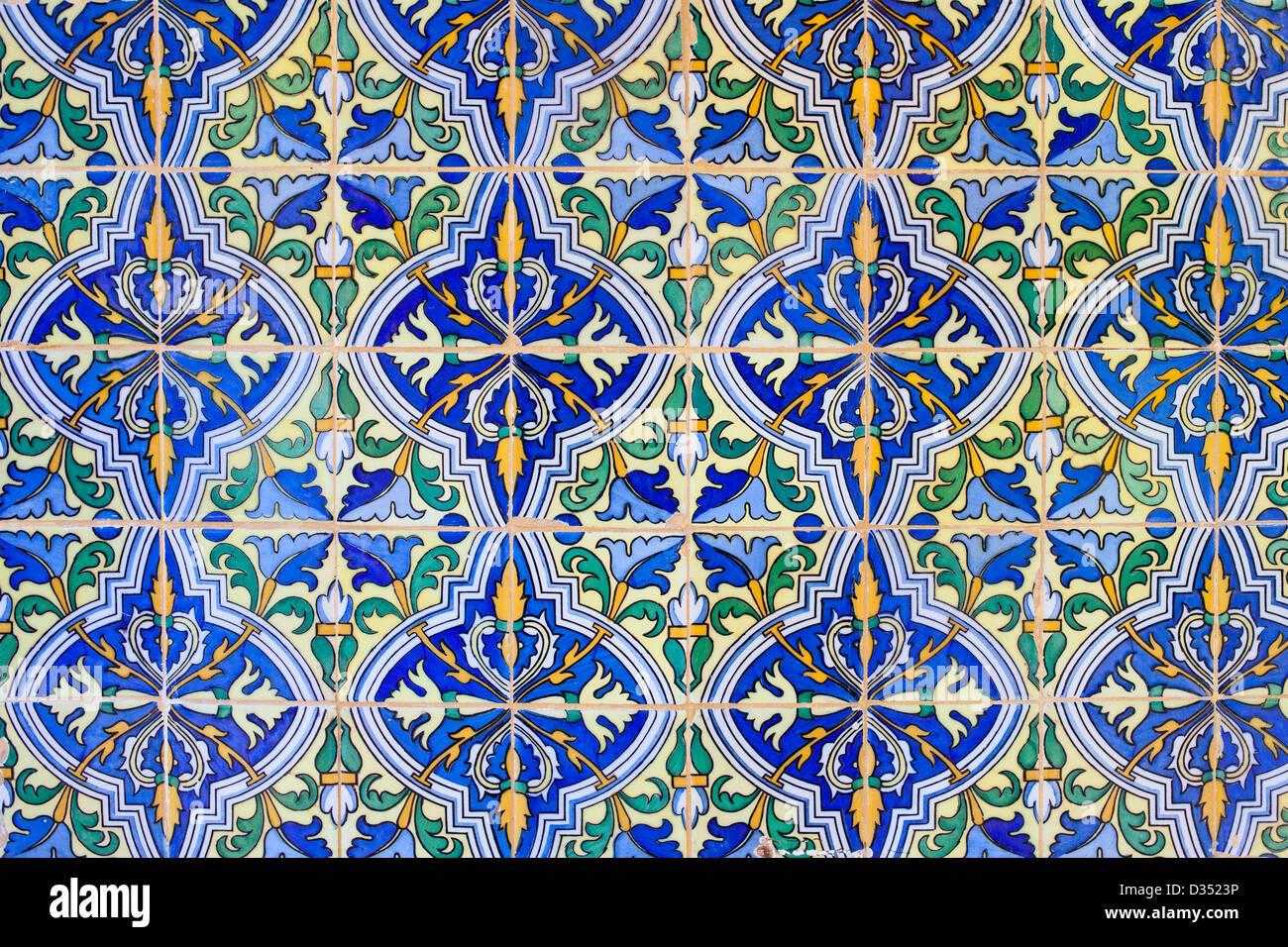 Alte Historische Fliesen Wand Hintergrund In Real Alcazar Sevilla - Historische fliesen kaufen