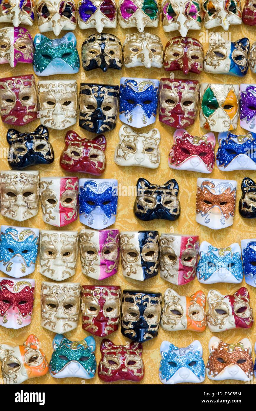 Venezianische Maske-Kühlschrank-Magnete zum Verkauf in Venedig ...