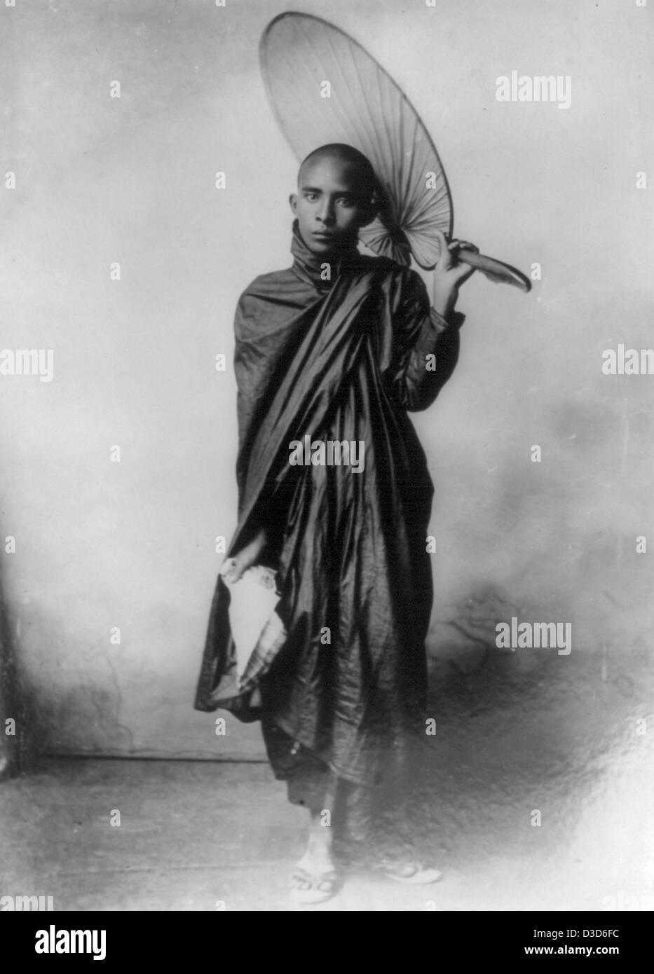 Ein burmesischer Mönch, um 1890 Stockbild