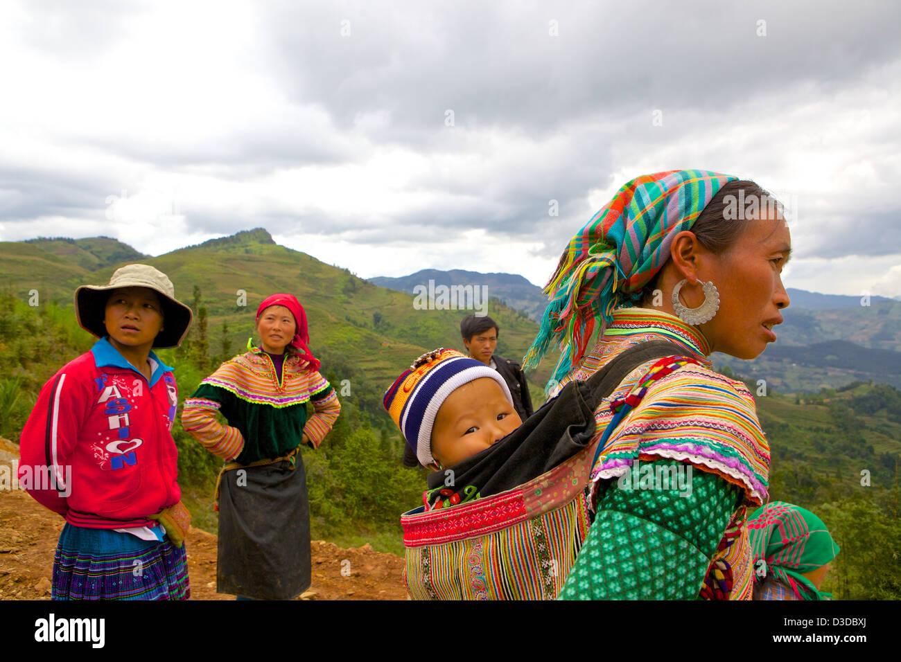 Vietnam, Lao Cai-Provinz. Flower Hmong-Minderheit Stockbild