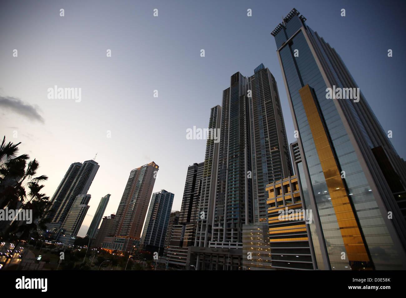 high-Rise Bürohaus, Panama City, Panama Stockbild