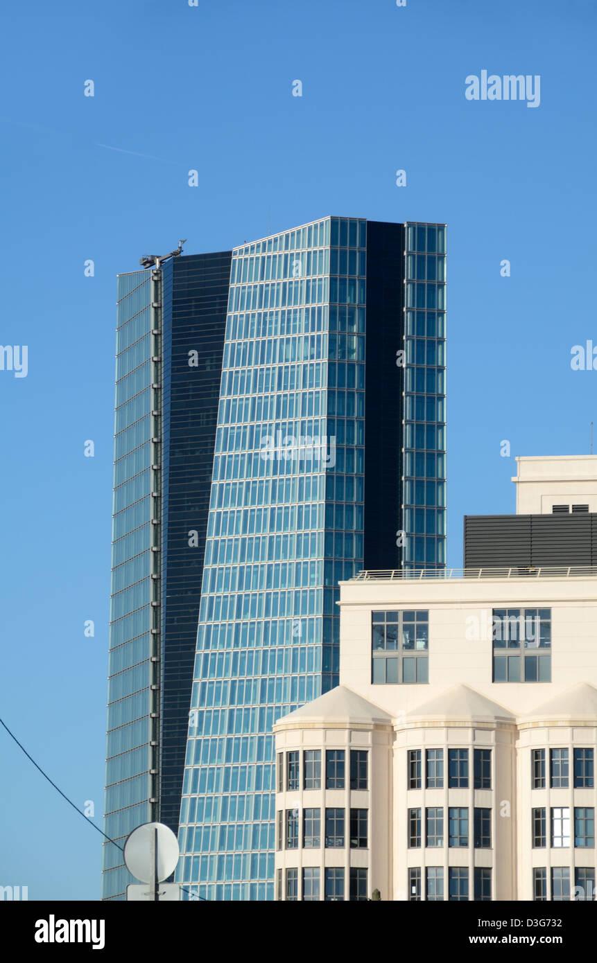 Silo Arts Center & CGM Büroturm Block von Zaha Hadid Marseille oder Marseille France Stockbild