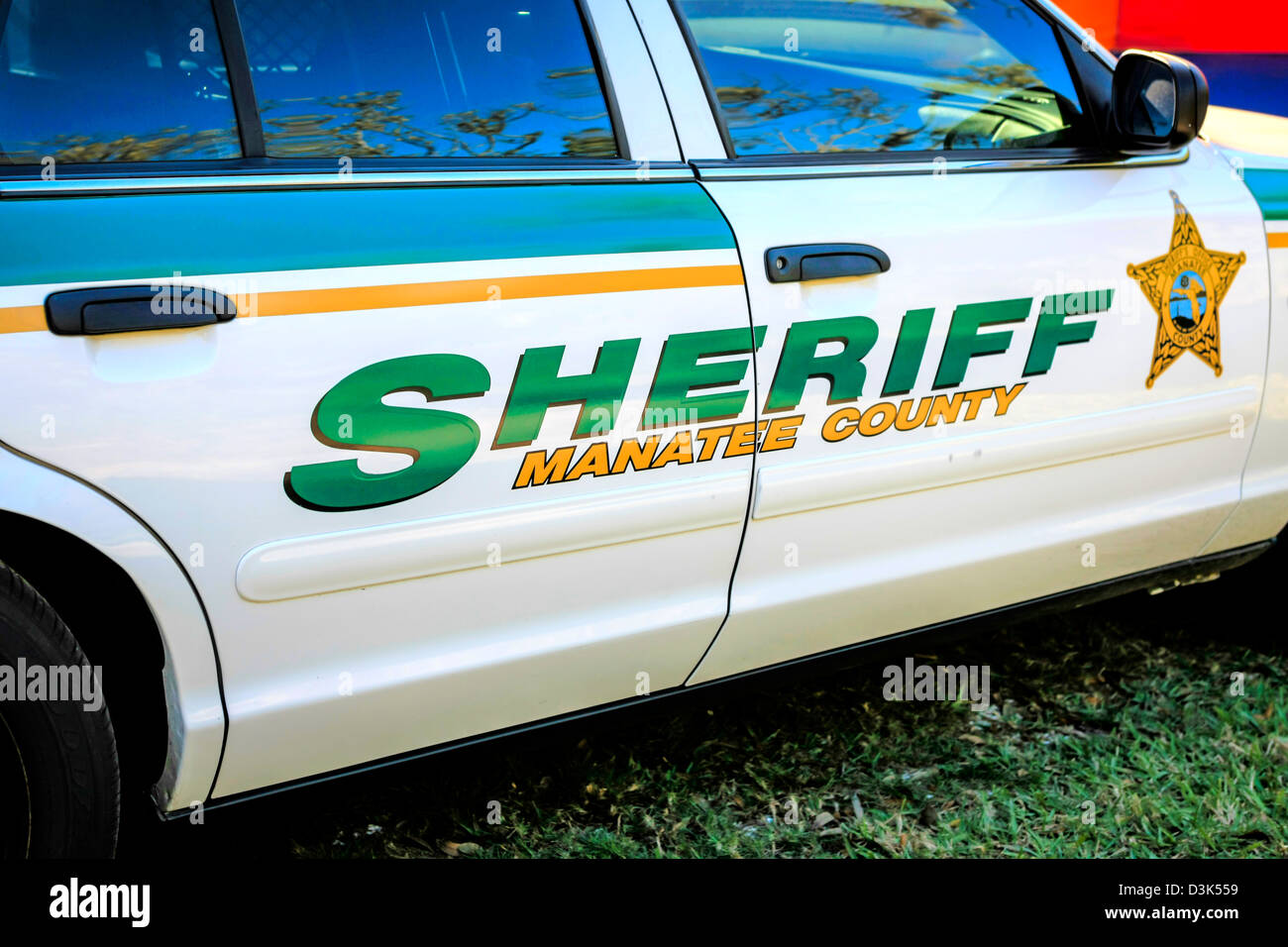 American sheriff car vehicle stockfotos american sheriff for Manatee county department of motor vehicles