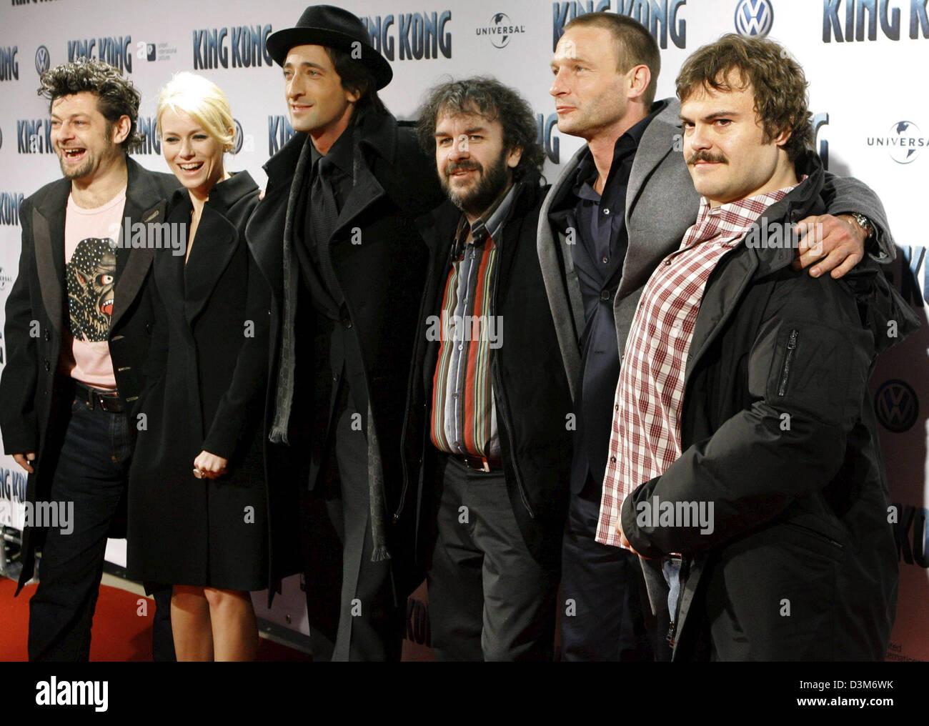 Dpa) Regisseur Peter Jackson (3. v. R) und Schauspieler