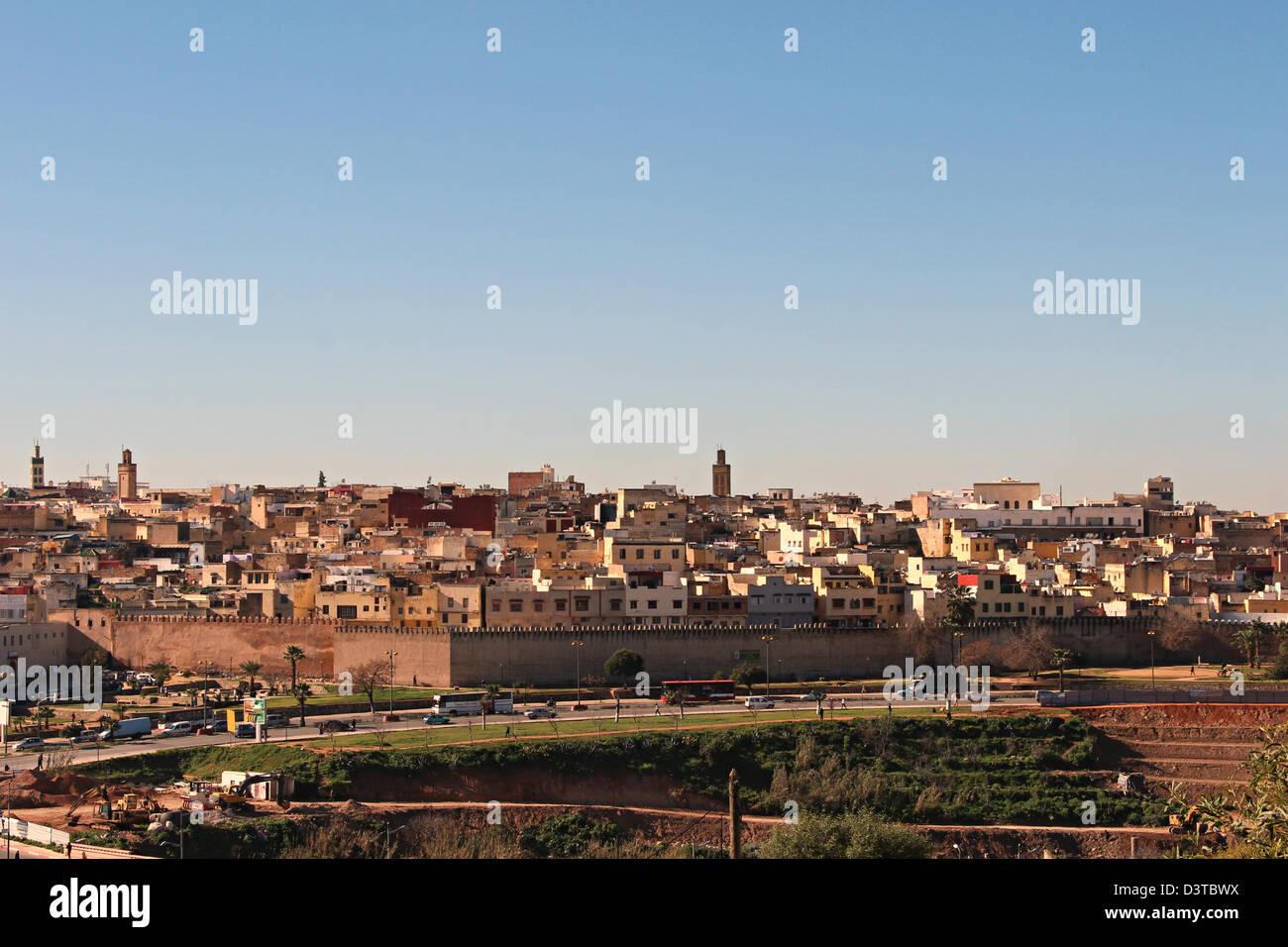 Die Stadt ist umgeben von einem Ring aus Dreifachwand, der Palast des Sultans und eine Zitadelle Almohaden beherbergt. Stockbild