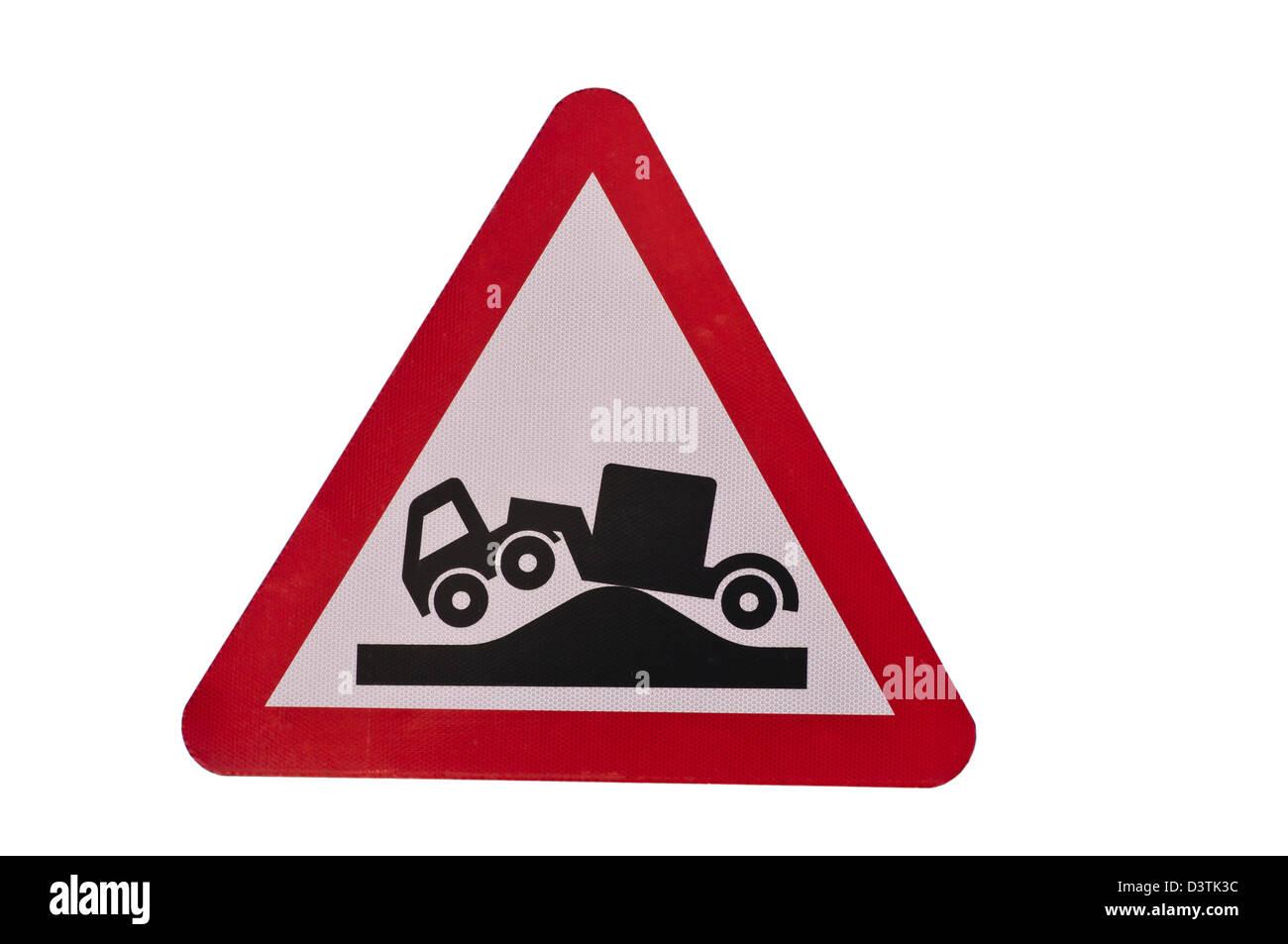 Gefahr der Erdung für lange Fahrzeuge Verkehrszeichen Zeichen UK ...