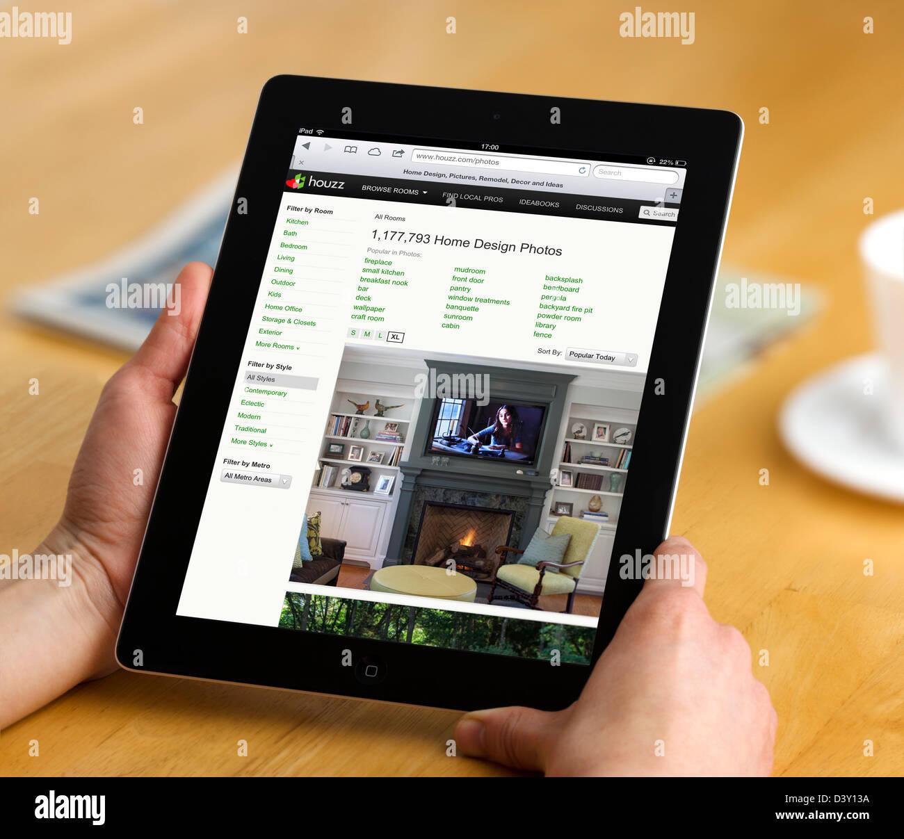 Houzz.com Design, Architektur und Heimwerken Seite betrachtet auf einem iPad 4 Stockbild
