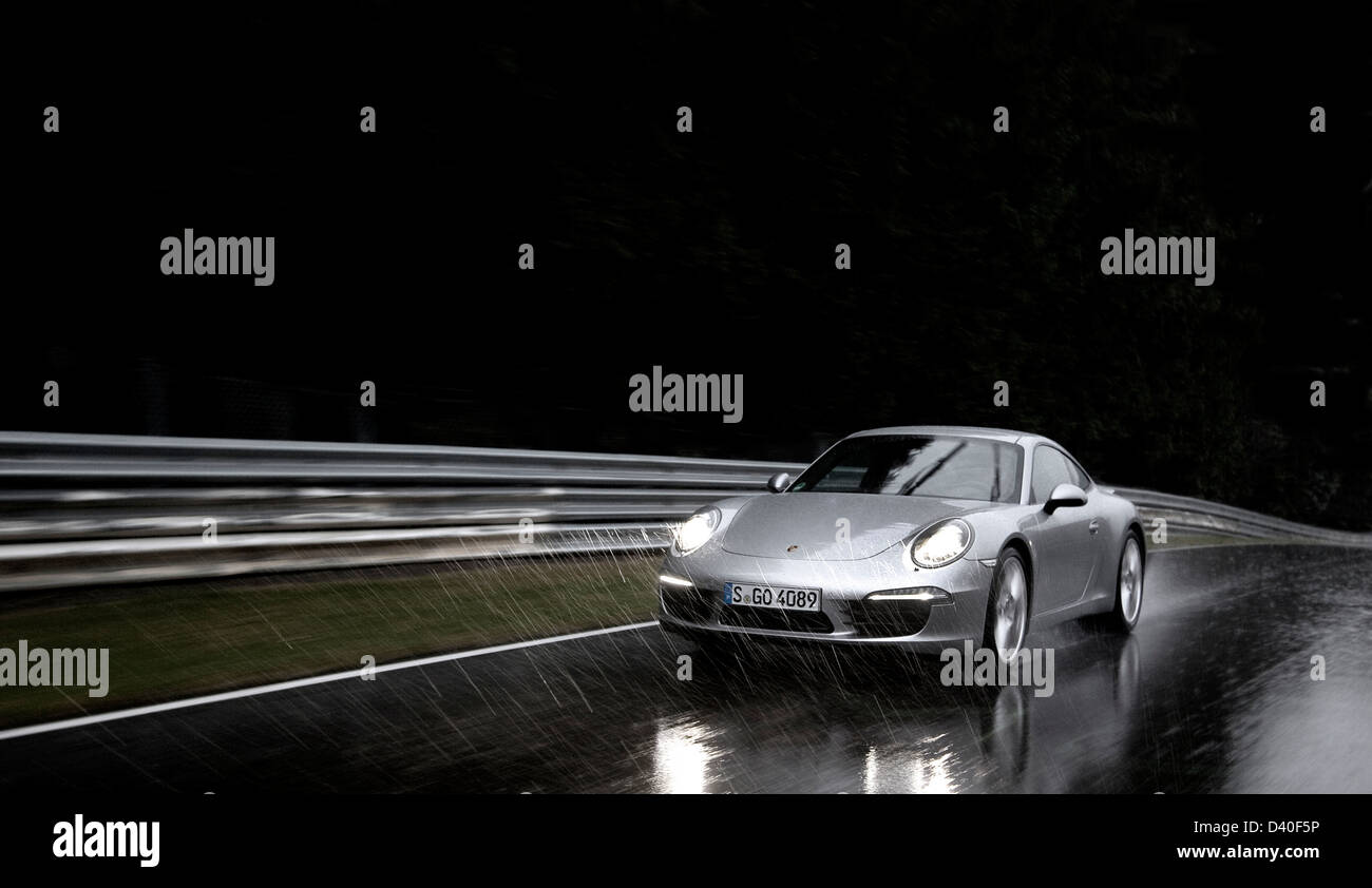 porsche 911 rennwagen stockfotos porsche 911 rennwagen. Black Bedroom Furniture Sets. Home Design Ideas
