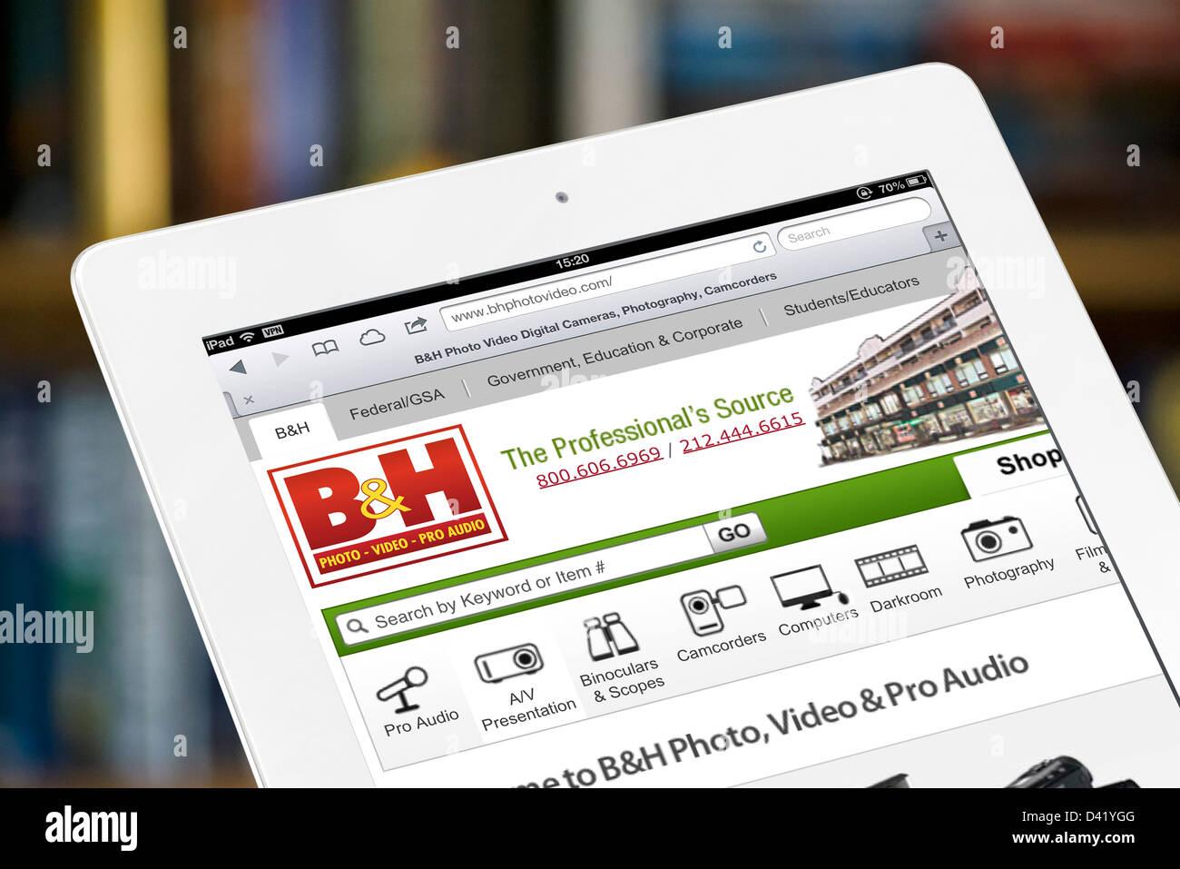 Der Online-Shop von B & H Foto und Video (BHPhotoVideo.com) betrachtet auf einem iPad 4, USA Stockbild