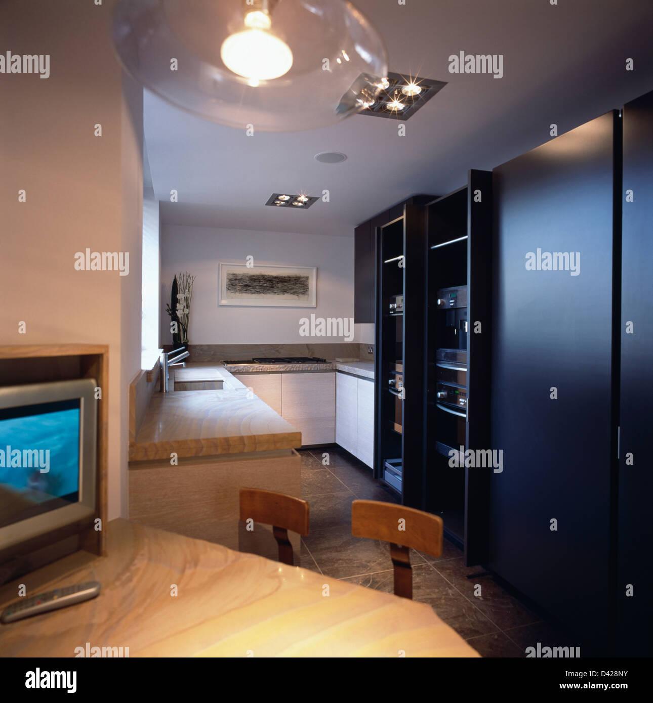fernseher kche  excellent steinwunde kuche mit nummer eins per ideen tolles wohnzimmer fernseher