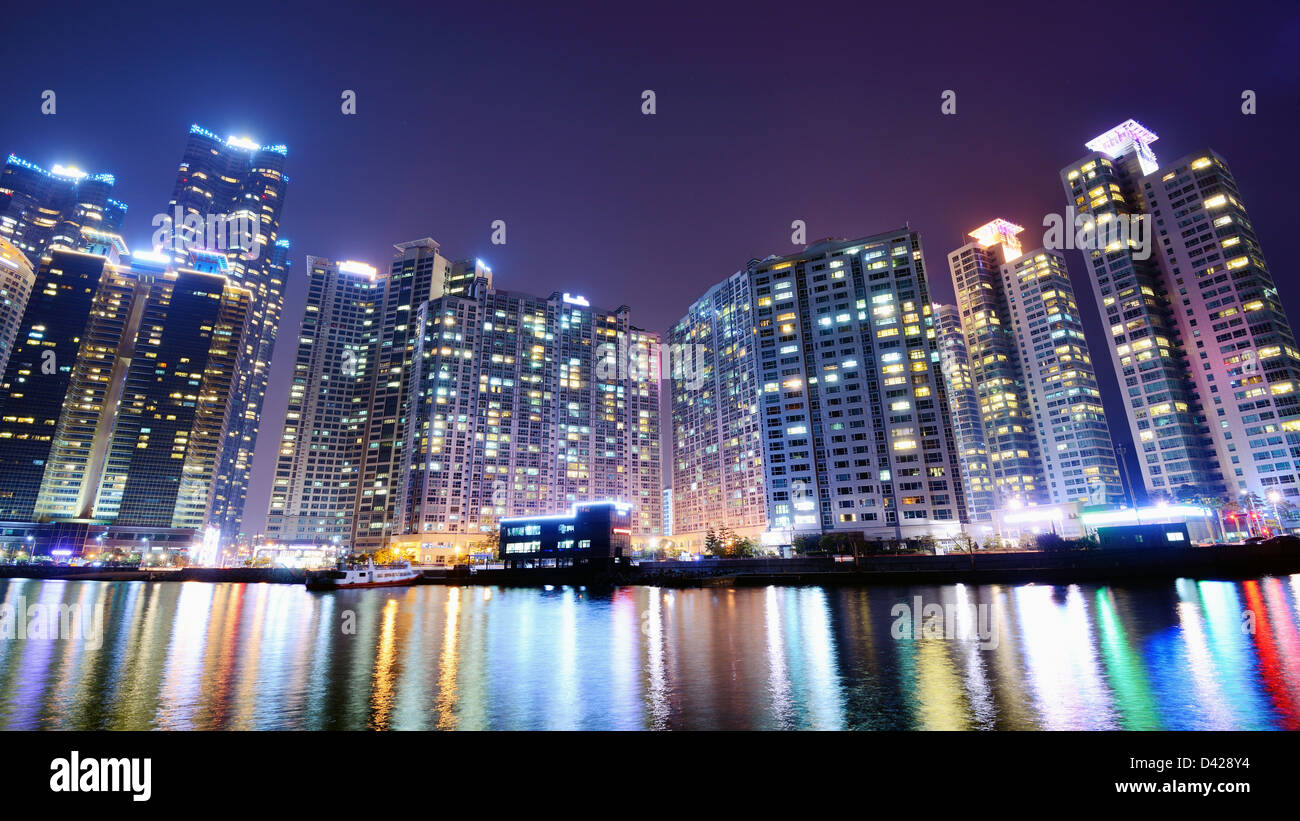 residential buildings stockfotos residential buildings bilder alamy. Black Bedroom Furniture Sets. Home Design Ideas