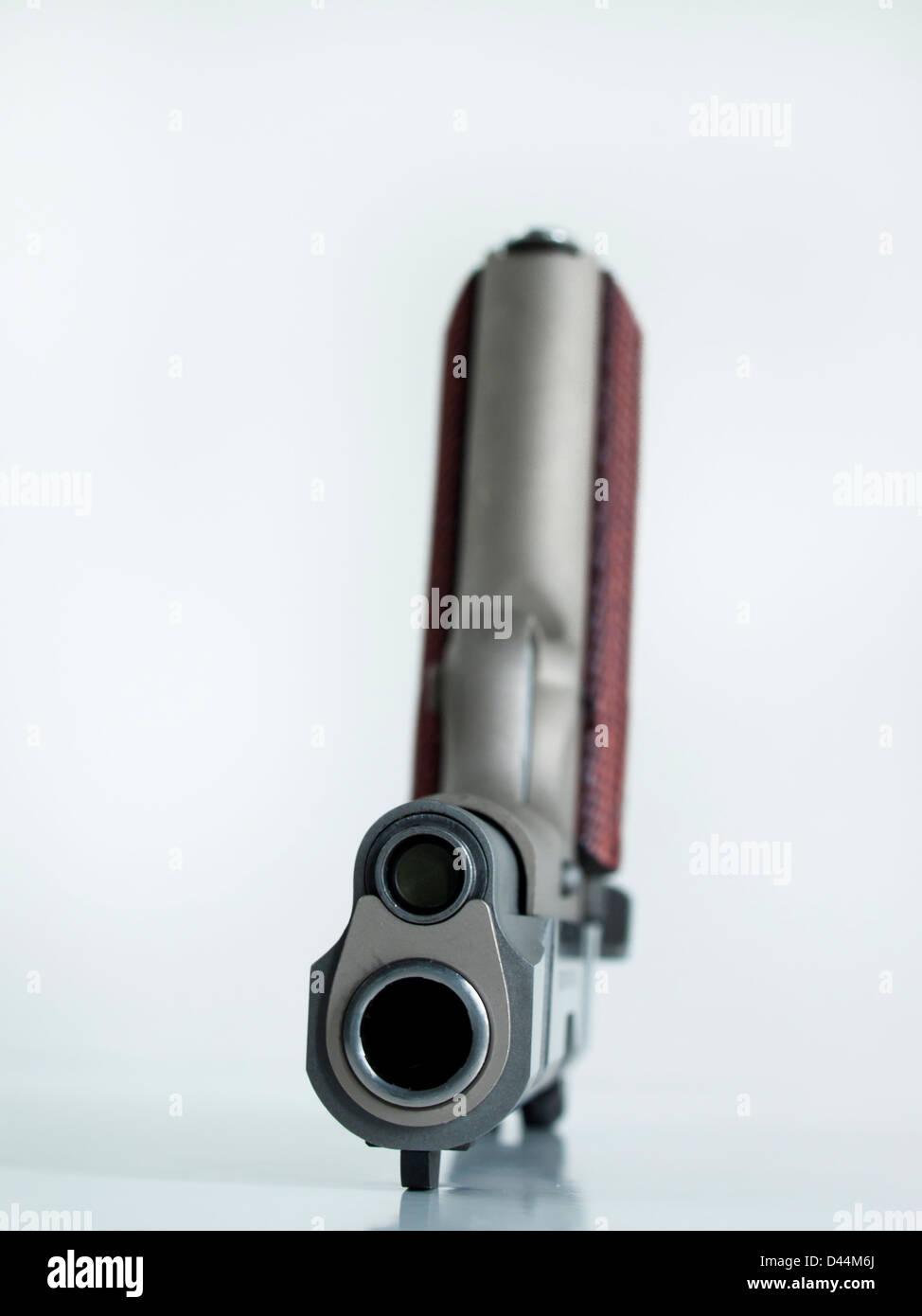 Colt Commander 1911 ist ein 1-Aktion, Halbautomatisch, Magazin ...