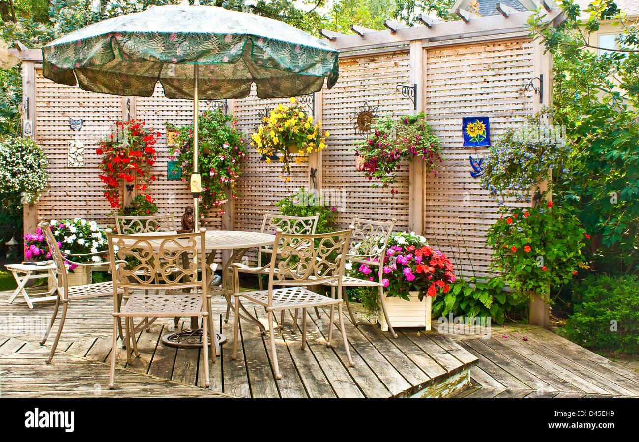 Gartenterrasse Stockbild